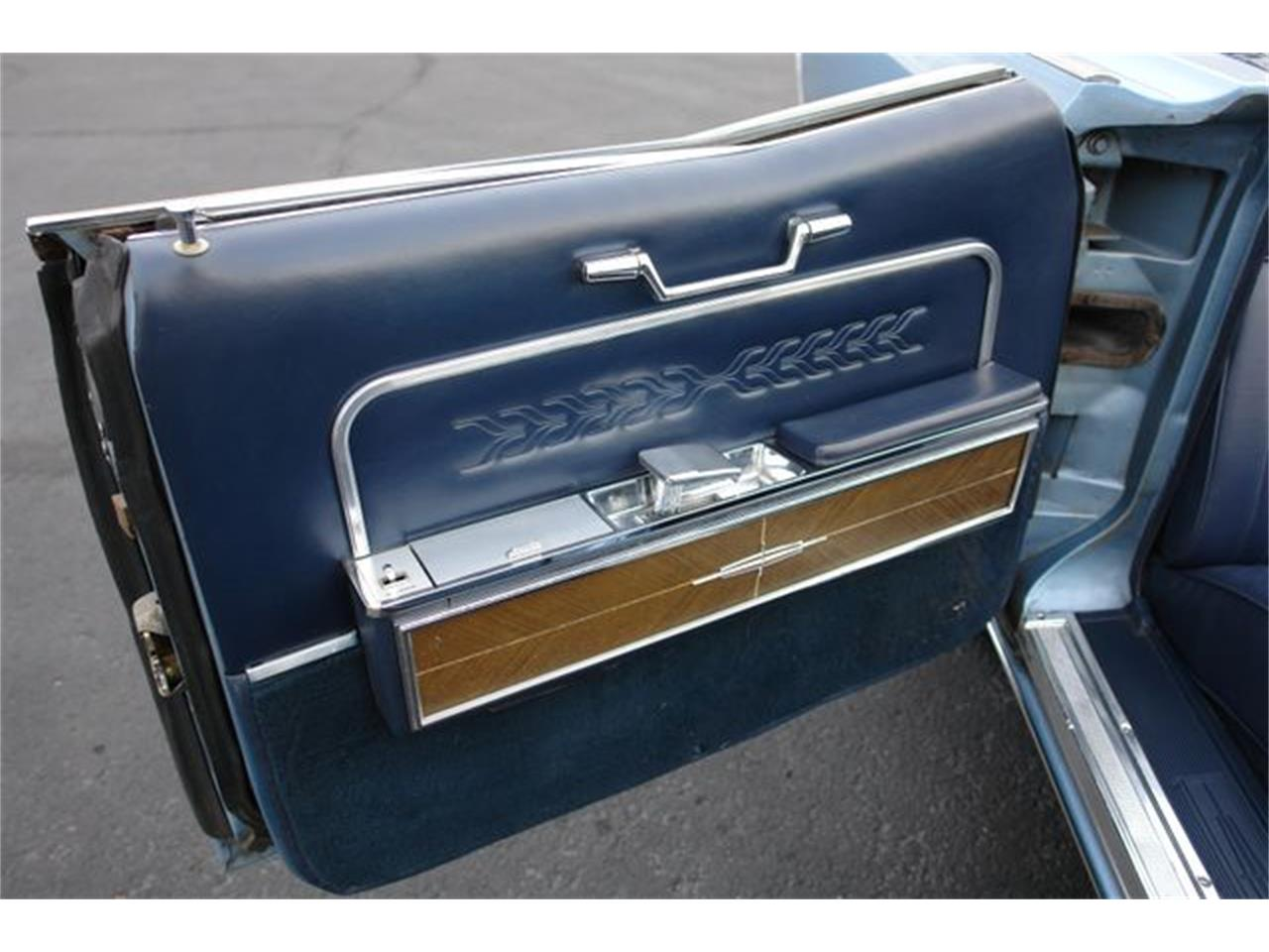 Large Picture of 1966 Lincoln Continental - $59,950.00 - P5NW
