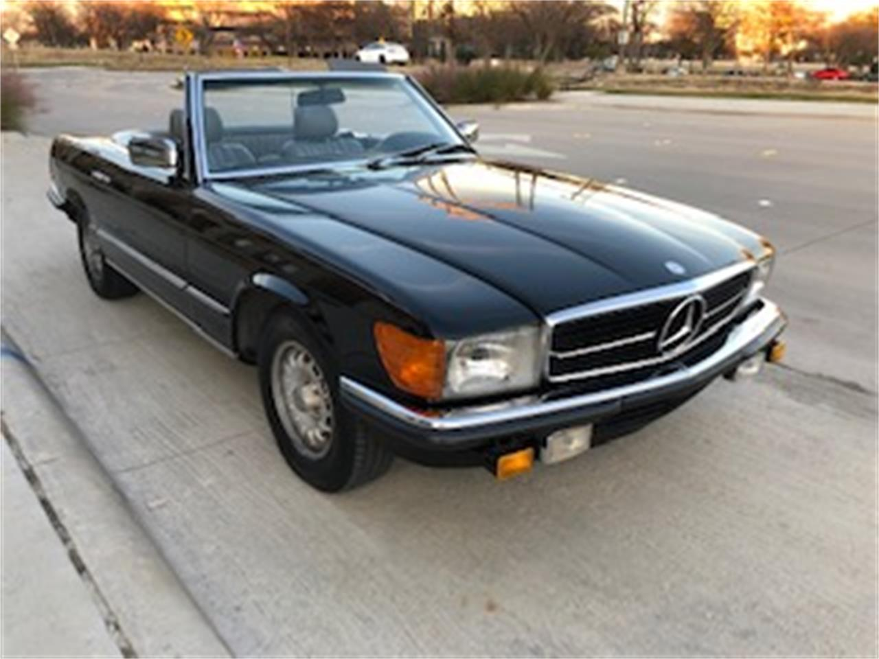 Large Picture of '85 500SL located in Richardson Texas Offered by a Private Seller - P661