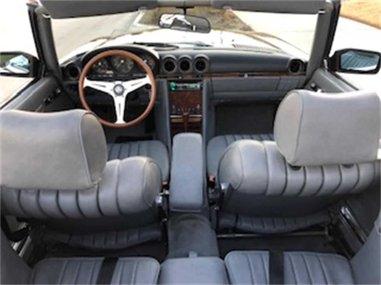 Large Picture of 1985 Mercedes-Benz 500SL located in Texas Offered by a Private Seller - P661