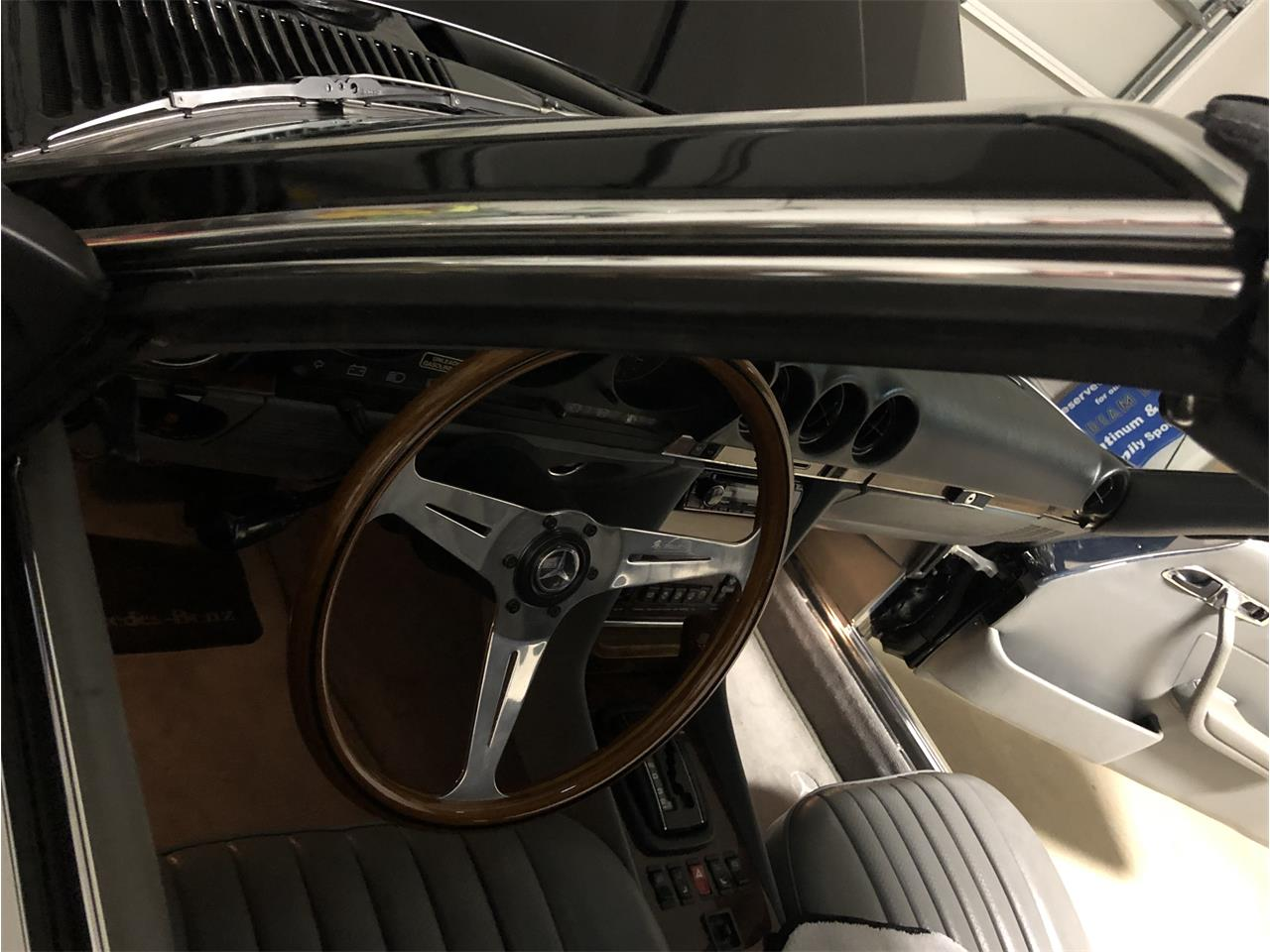Large Picture of '85 Mercedes-Benz 500SL - $25,550.00 - P661