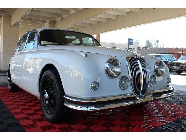 Picture of 1962 Jaguar Mark II located in Sherman Oaks California - P6DN
