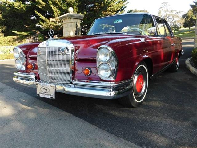 Picture of Classic '62 Mercedes-Benz 220SE located in Santa Barbara California - $57,000.00 Offered by  - P6EI