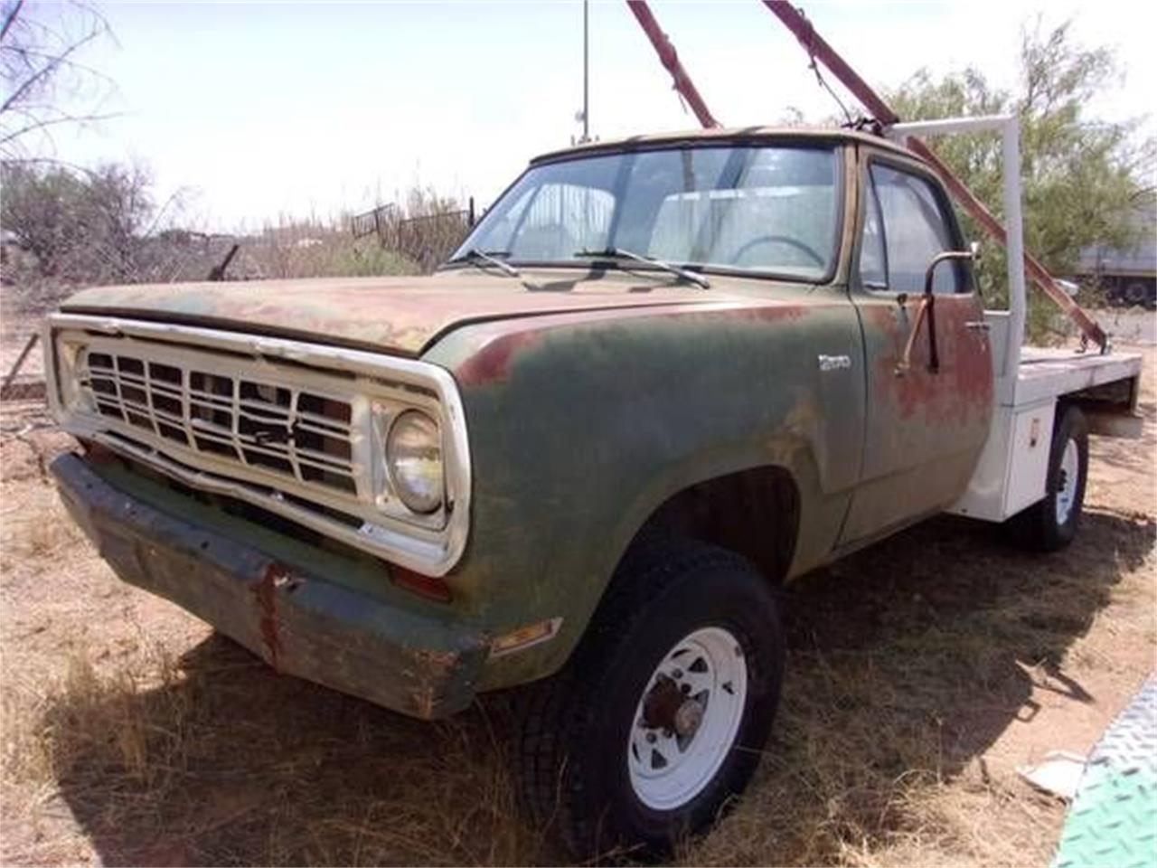Large Picture of '75 Power Wagon - P6HS