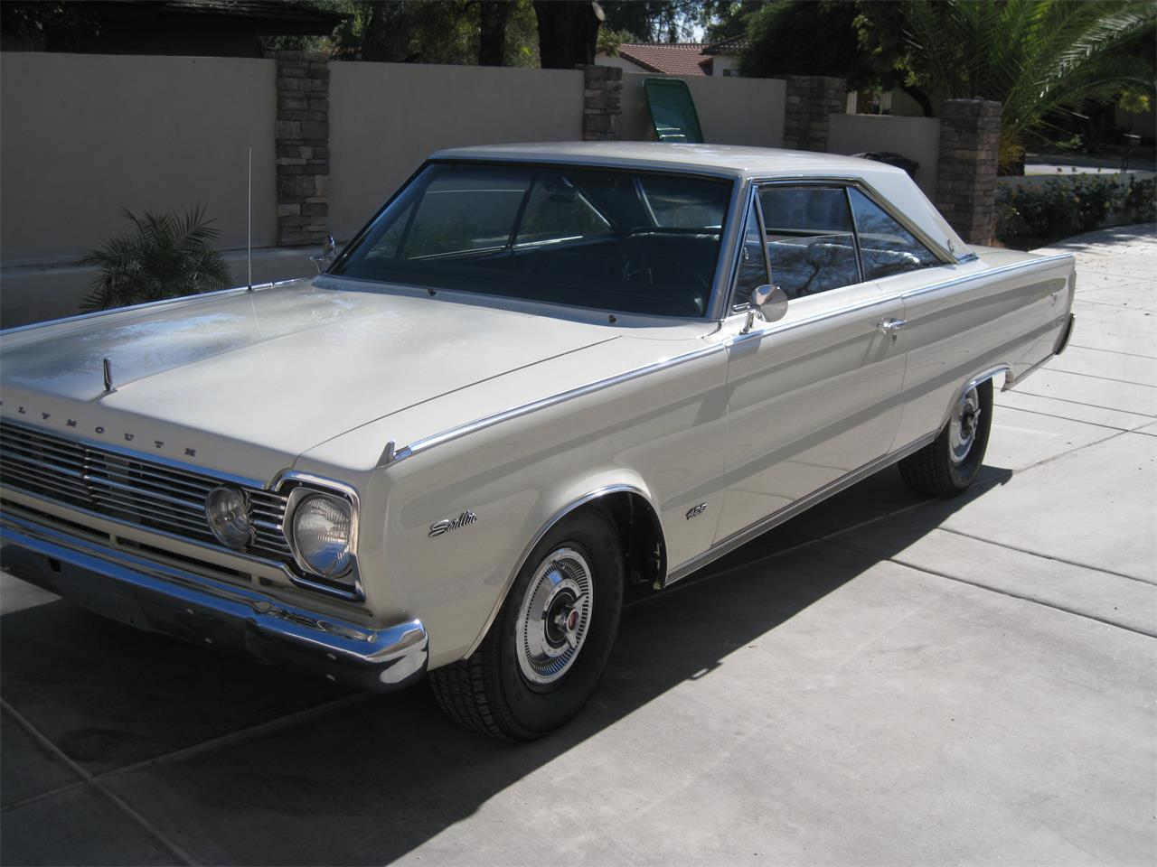 Large Picture of Classic 1966 Plymouth Satellite - P6P0