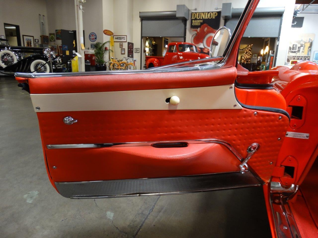 Large Picture of '57 Corvette - P6ZU