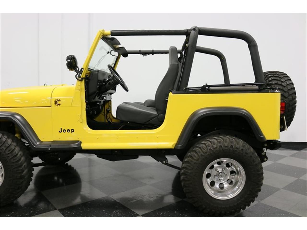 Large Picture of 1993 Jeep Wrangler - $25,995.00 - P701