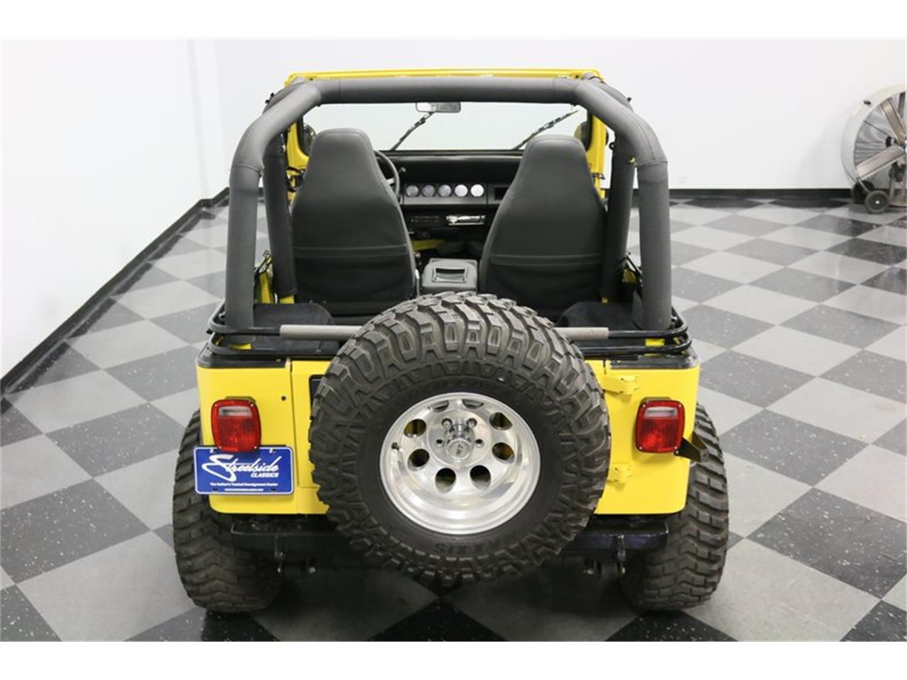 Large Picture of '93 Jeep Wrangler - $25,995.00 - P701