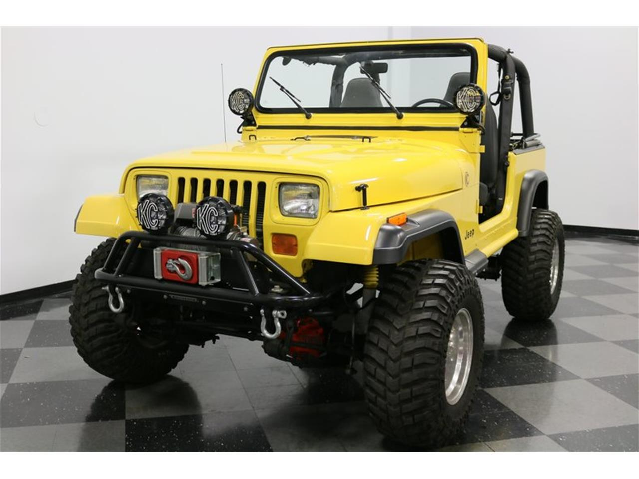 Large Picture of '93 Wrangler located in Ft Worth Texas Offered by Streetside Classics - Dallas / Fort Worth - P701
