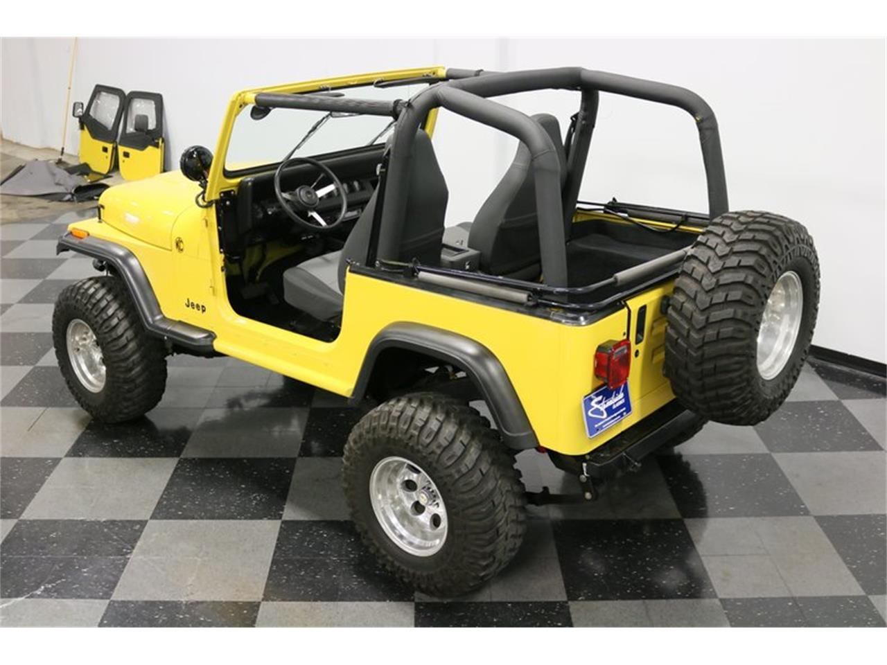 Large Picture of '93 Jeep Wrangler located in Ft Worth Texas - P701