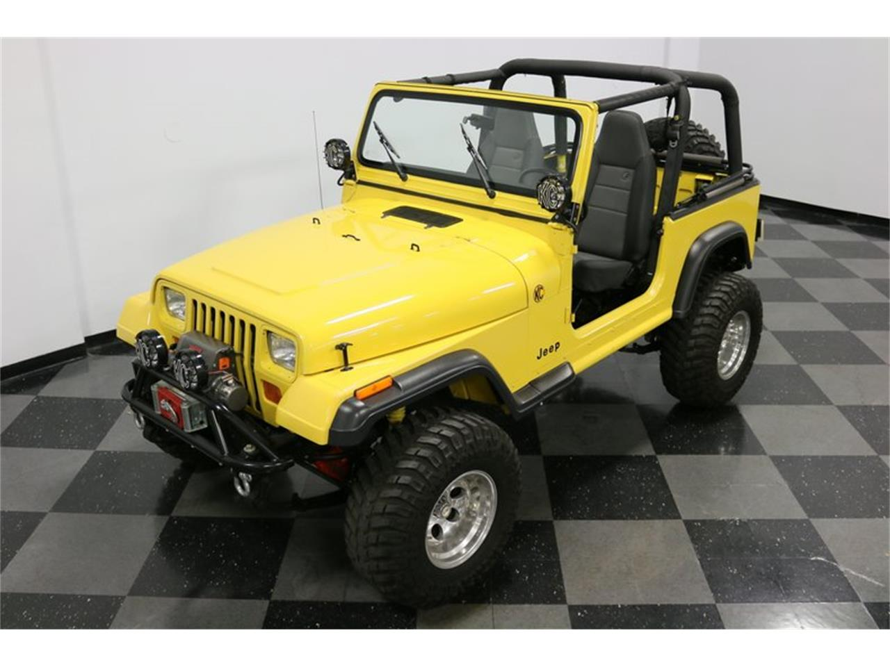 Large Picture of '93 Wrangler located in Ft Worth Texas - P701