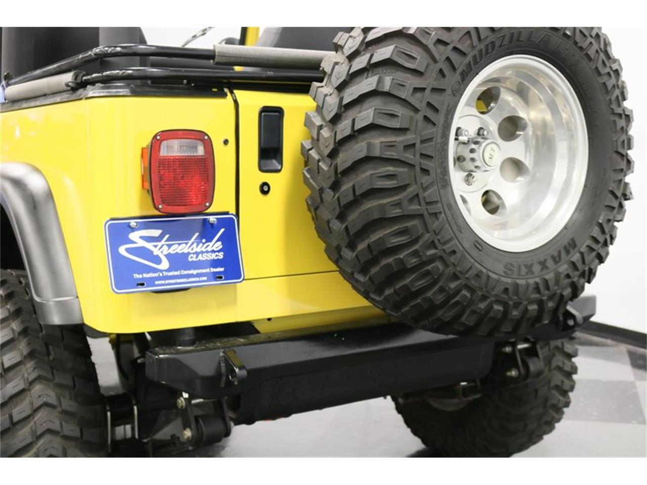 Large Picture of 1993 Wrangler located in Texas - P701