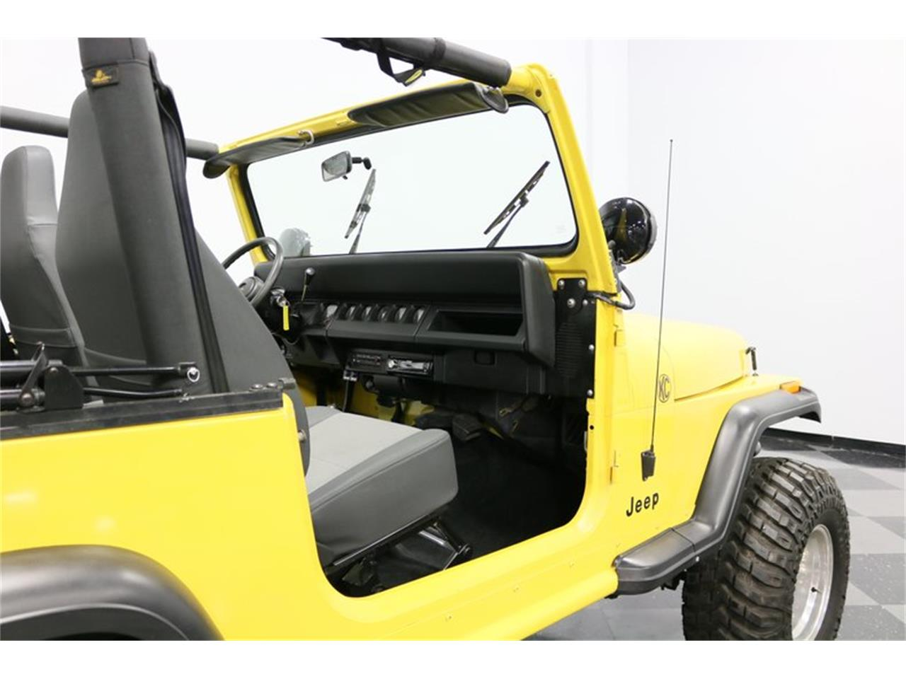 Large Picture of '93 Wrangler located in Ft Worth Texas - $25,995.00 Offered by Streetside Classics - Dallas / Fort Worth - P701