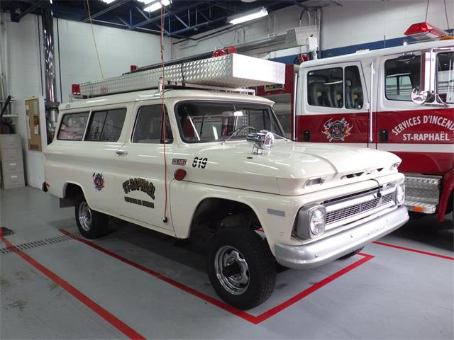 Picture of Classic 1965 Suburban located in Saint-Raphaël Quebec Offered by a Private Seller - P8KZ