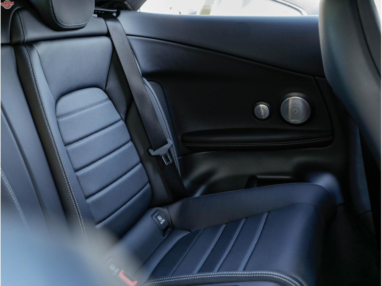 Large Picture of '19 C-Class - P8OP