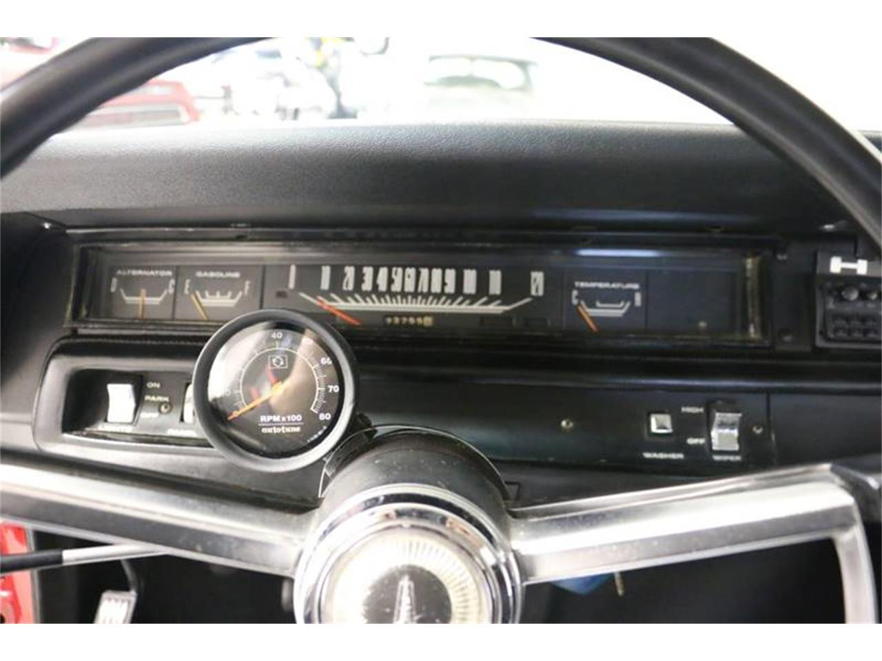 Large Picture of '68 Road Runner - P8QQ