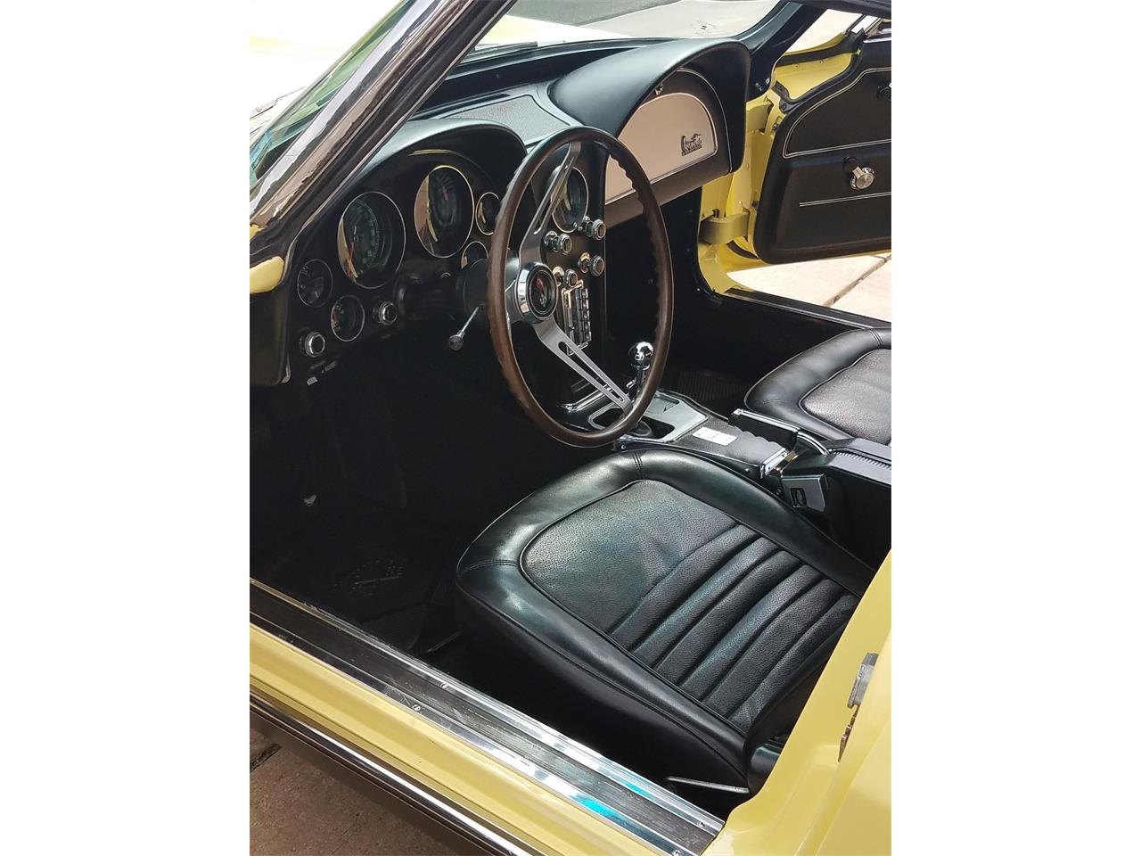 Large Picture of Classic 1967 Chevrolet Corvette - $74,900.00 - P8S8