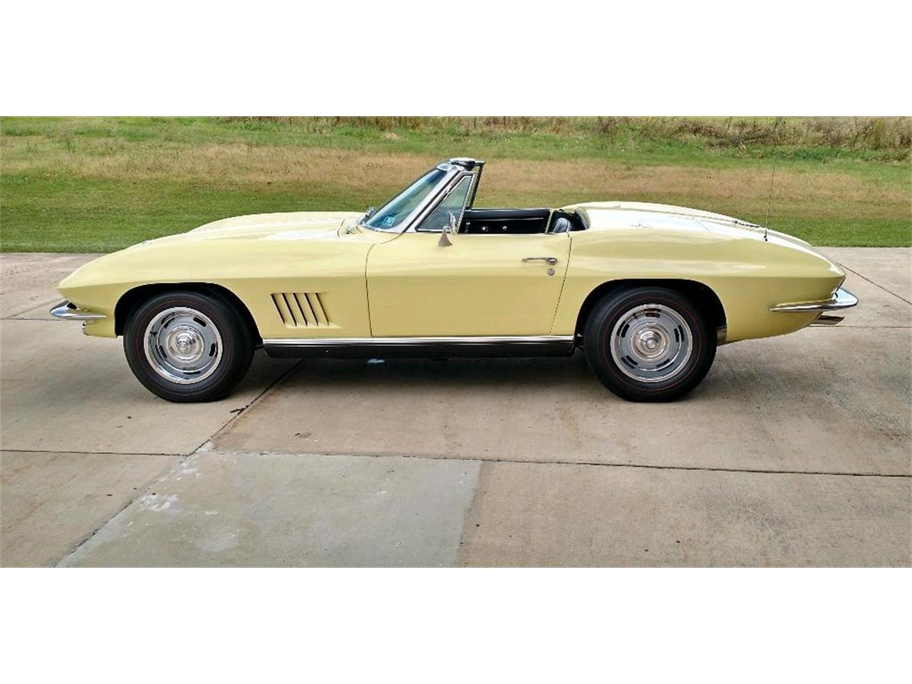 Large Picture of 1967 Chevrolet Corvette located in Indiana Pennsylvania Offered by a Private Seller - P8S8