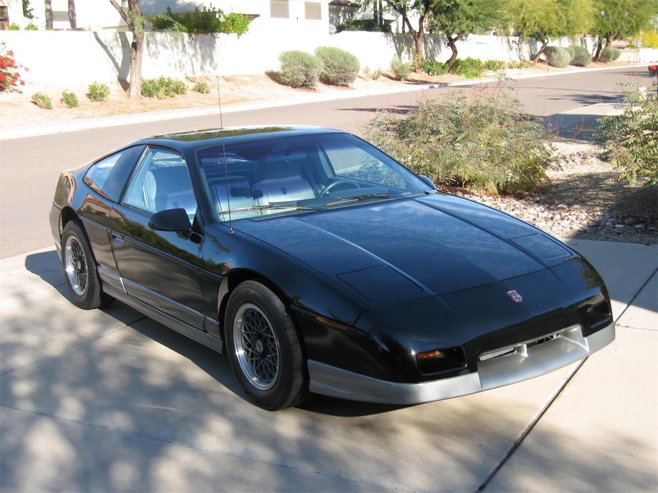 Large Picture Of 1987 Fiero Located In Scottsdale Arizona