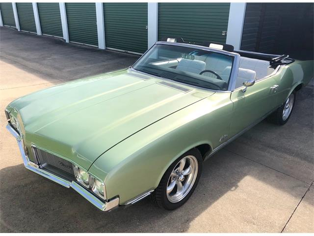 Picture of Classic 1970 Cutlass Supreme located in Gunter Texas Offered by a Private Seller - P8YW
