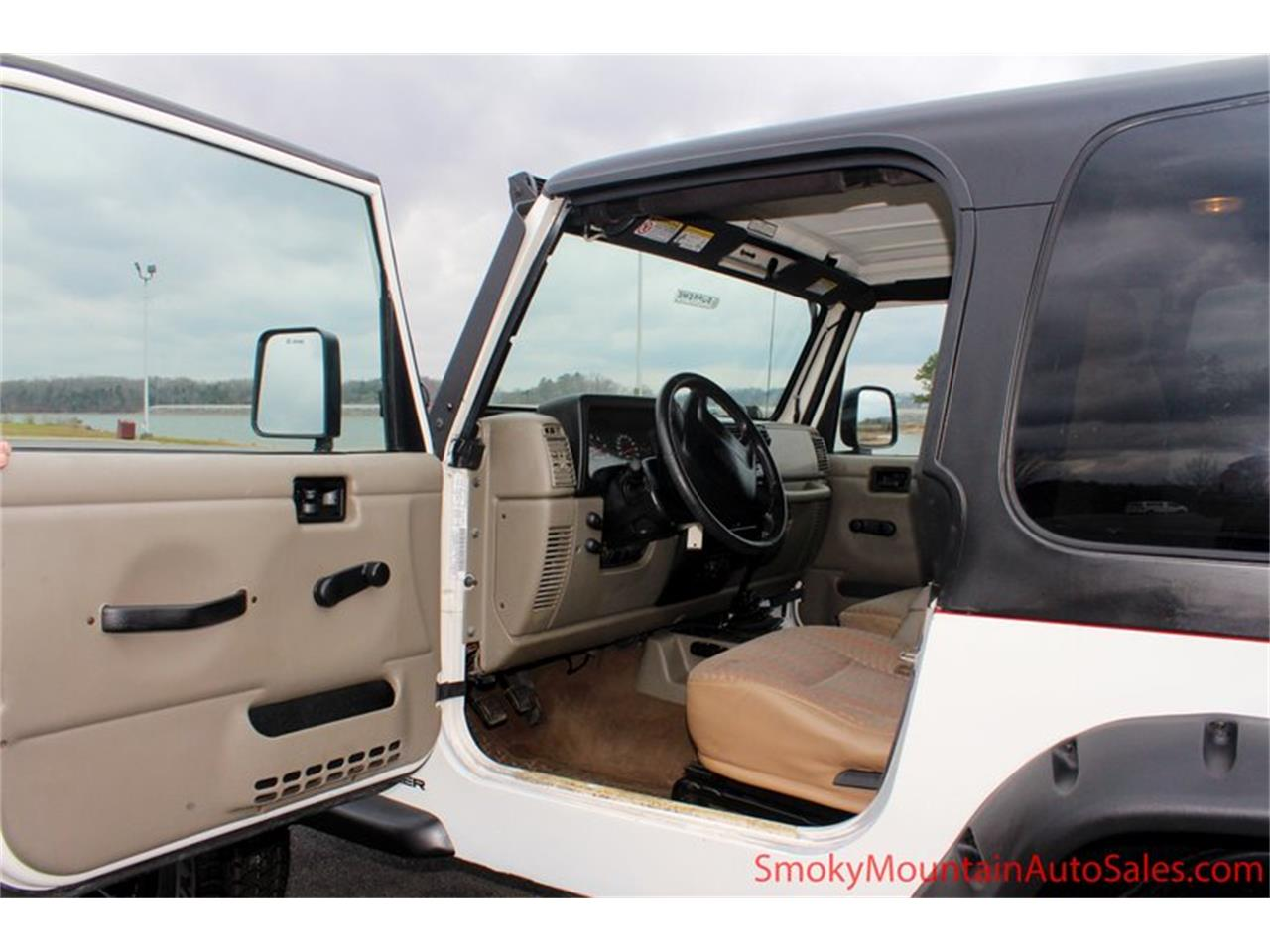Large Picture of '03 Jeep Wrangler - $12,995.00 - P95Y