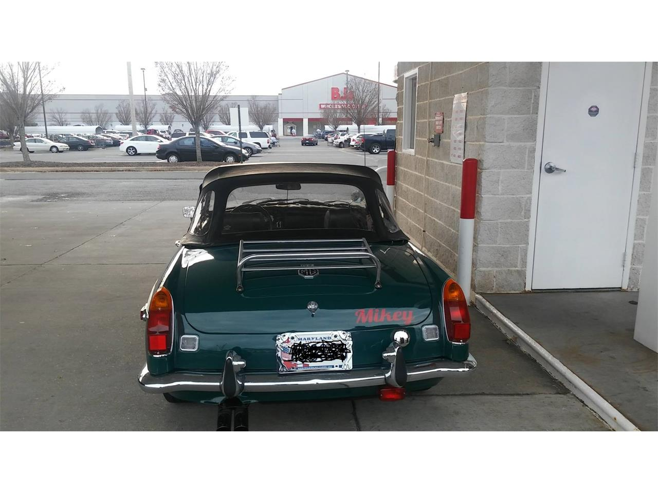 Large Picture of '71 MGB - P991