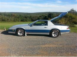 Picture of 1982 Chevrolet Camaro IROC Z28 located in Illinois - $11,000.00 Offered by a Private Seller - P3GC