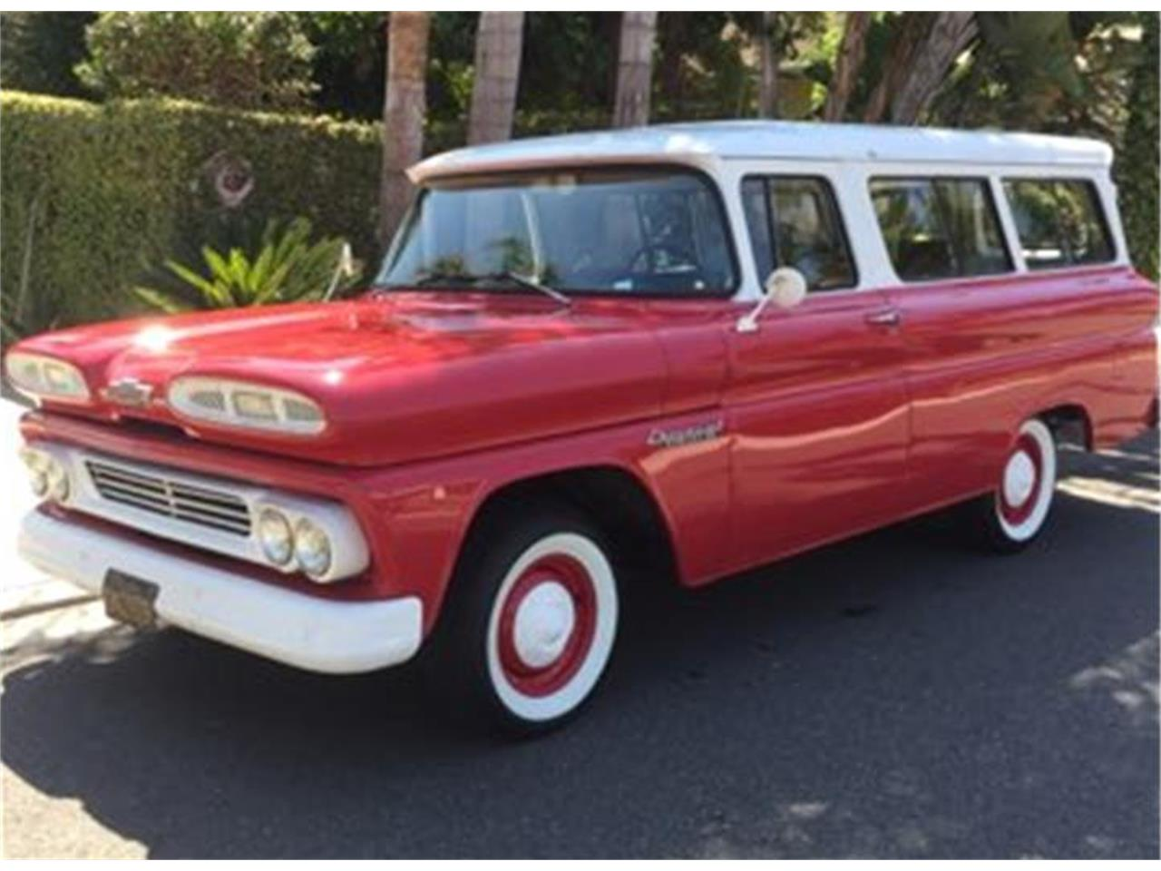 Large Picture of '60 Chevrolet Suburban located in Capistrano Beach California - P3GD