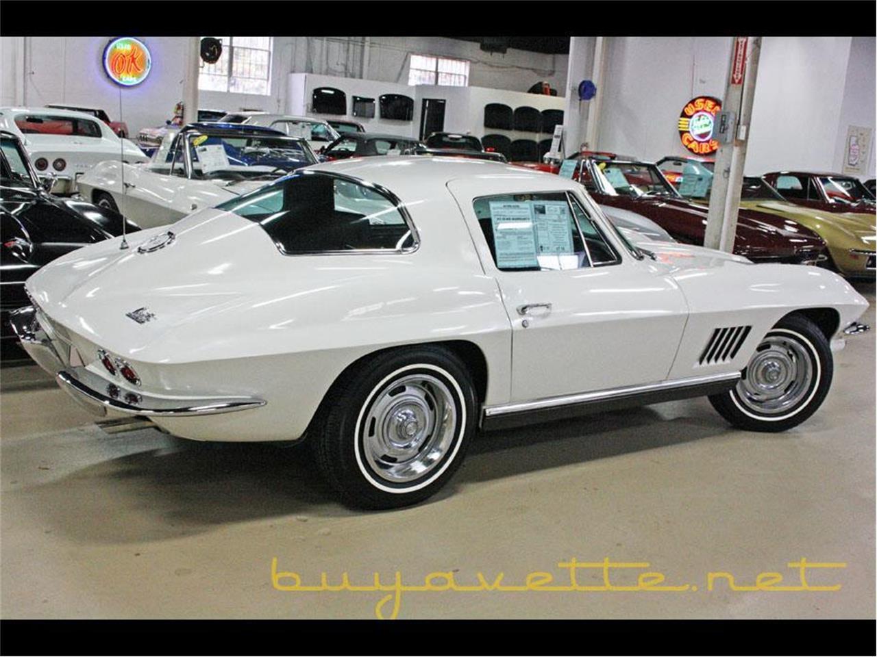 Large Picture of '67 Corvette - P9QB