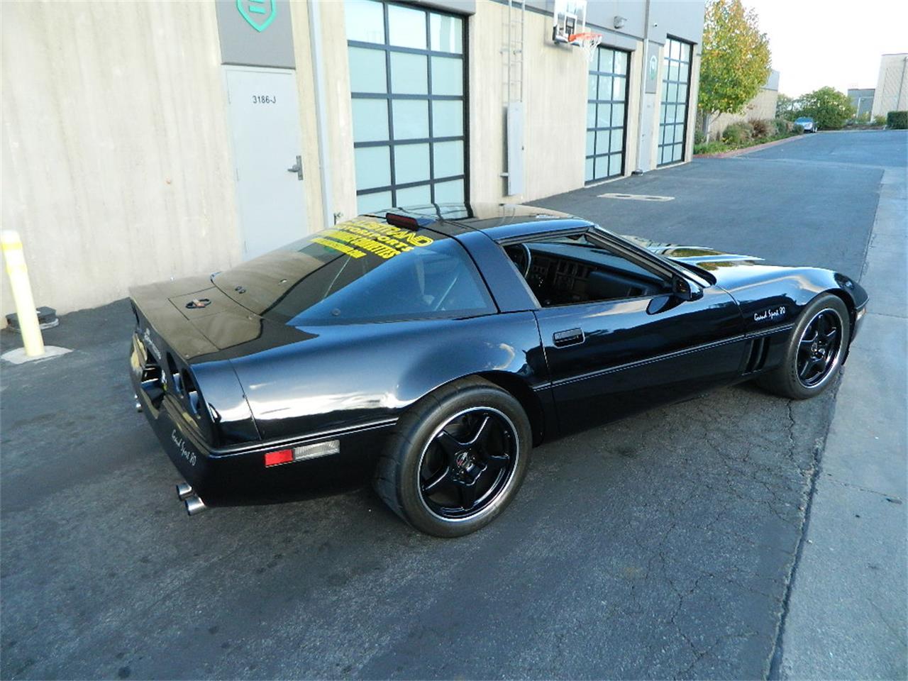 Large Picture of '88 Corvette located in California - P3H8