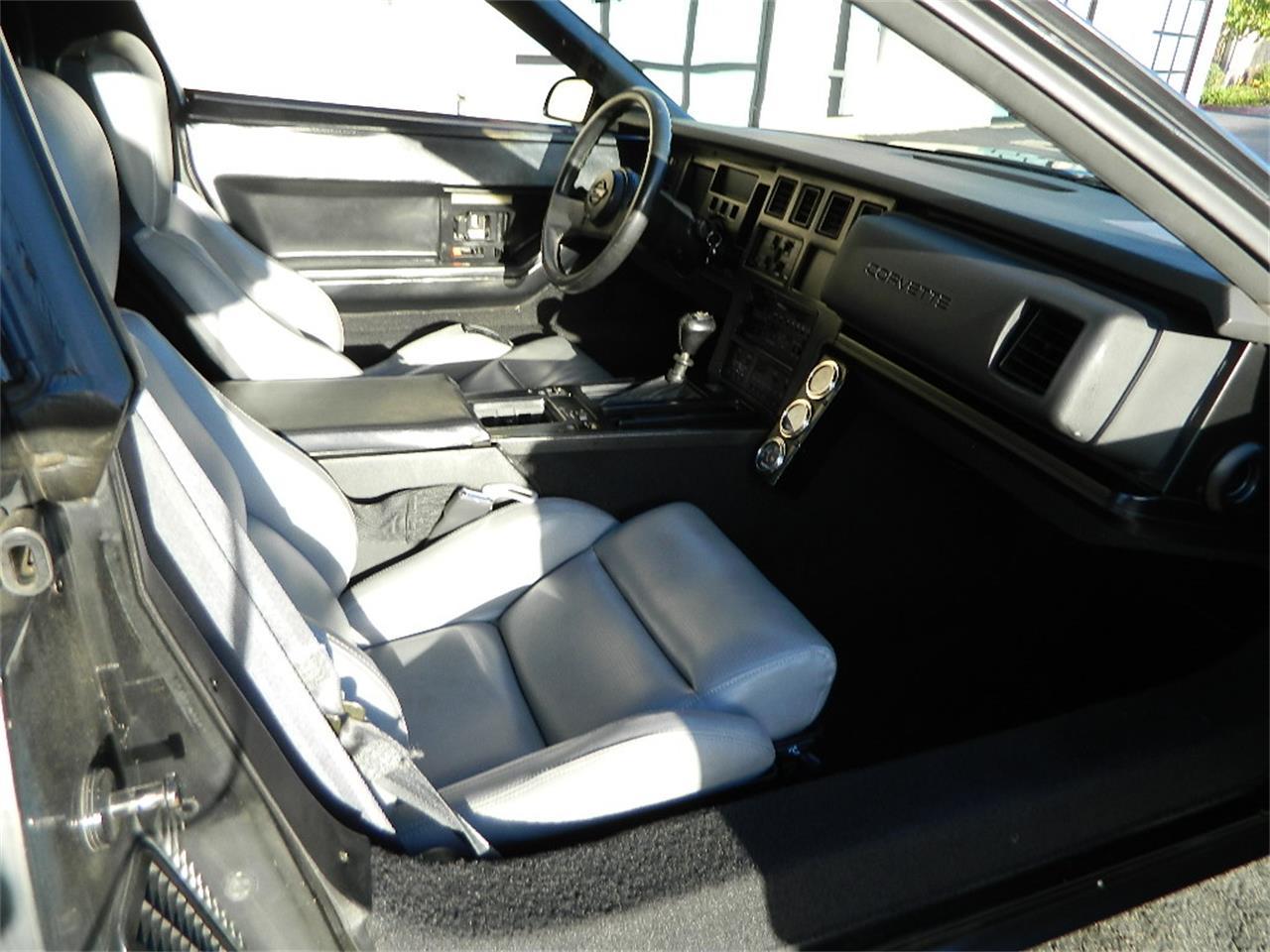 Large Picture of '88 Chevrolet Corvette - P3H8