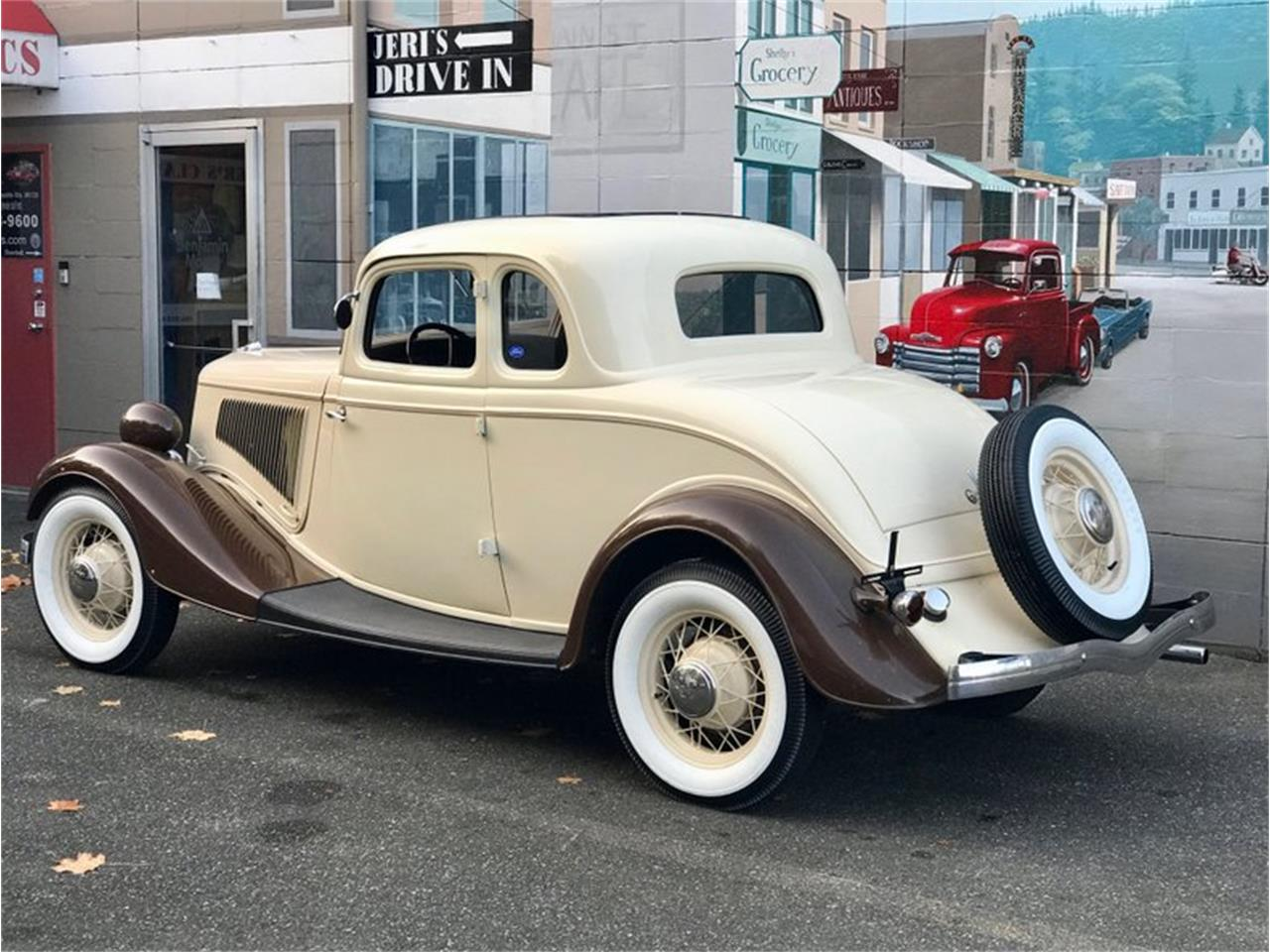 Large Picture of '34 Deluxe - P9VO