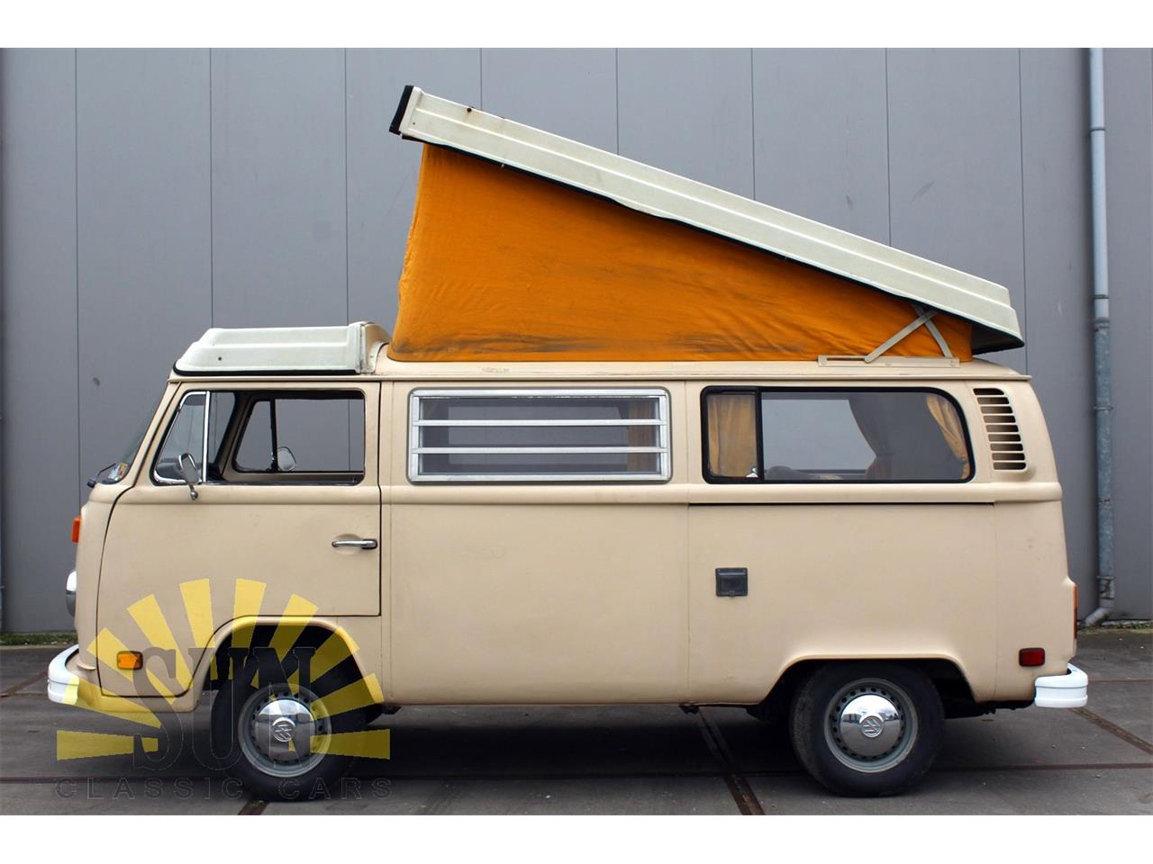 Large Picture of 1977 Volkswagen Camper located in Noord-Brabant - P9W7