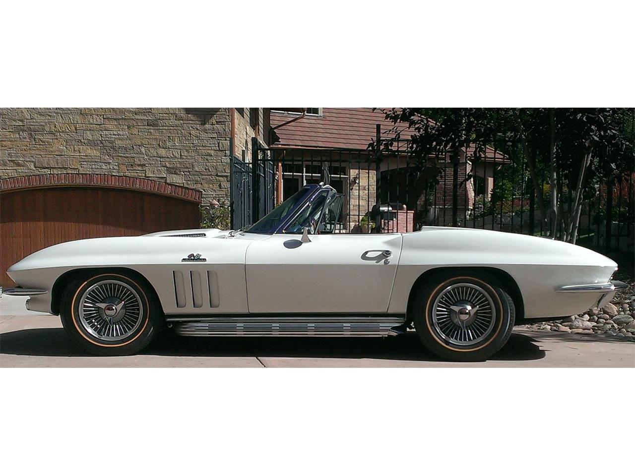 Large Picture of '66 Corvette - P9X1