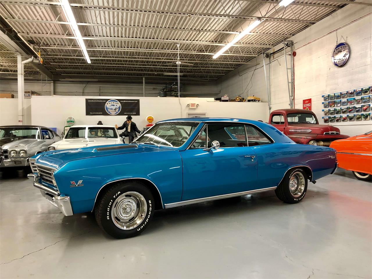 Large Picture of '67 Chevelle SS - P9XF