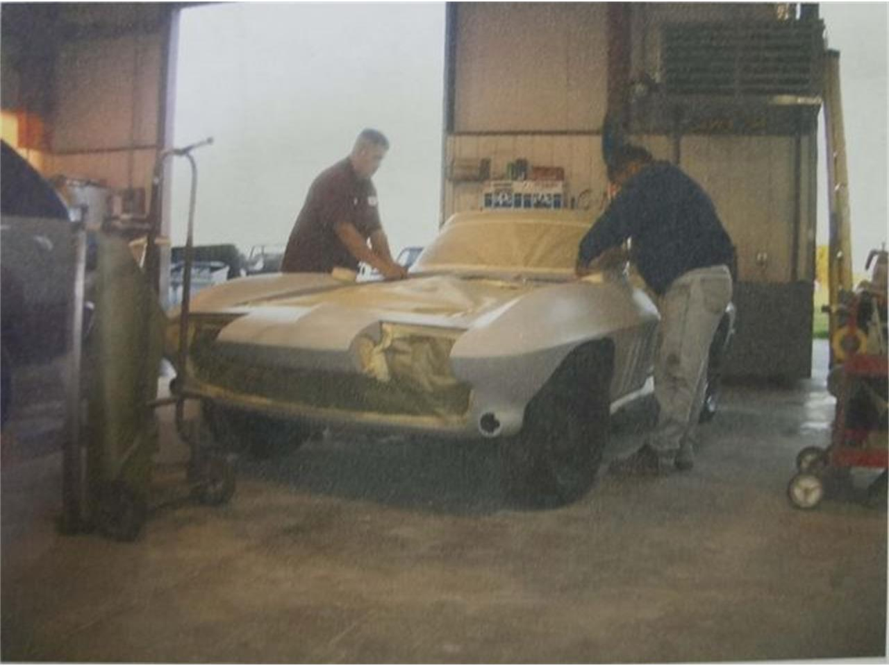 Large Picture of '66 Corvette - PA1F