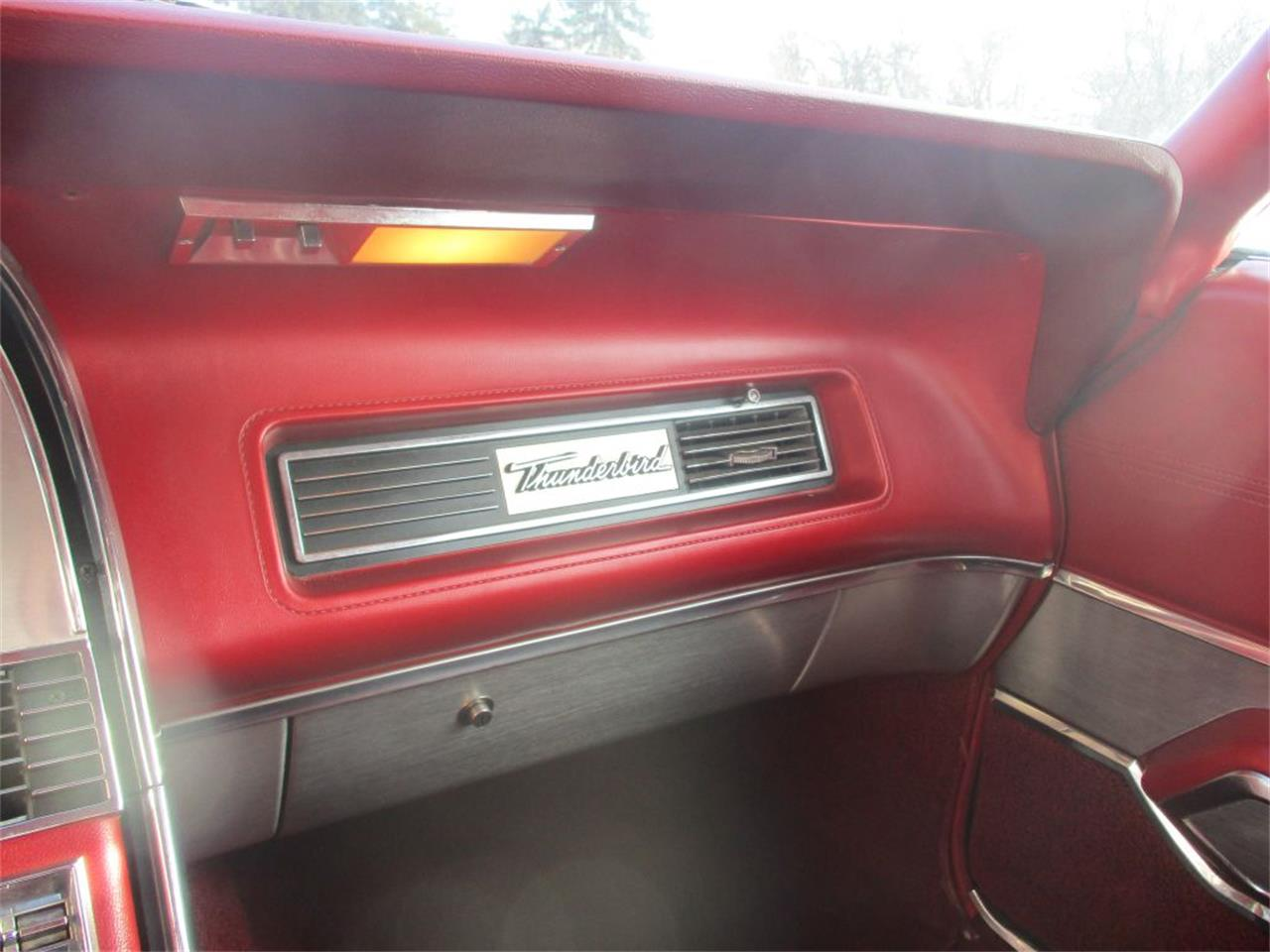 Large Picture of '67 Thunderbird - PA1L