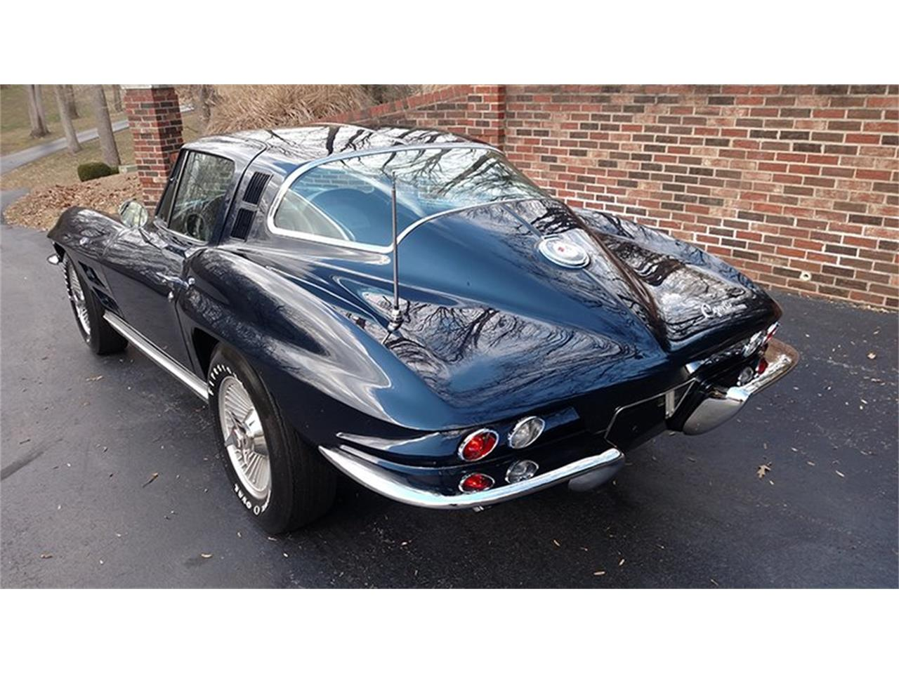 Large Picture of '64 Corvette - PA1Y