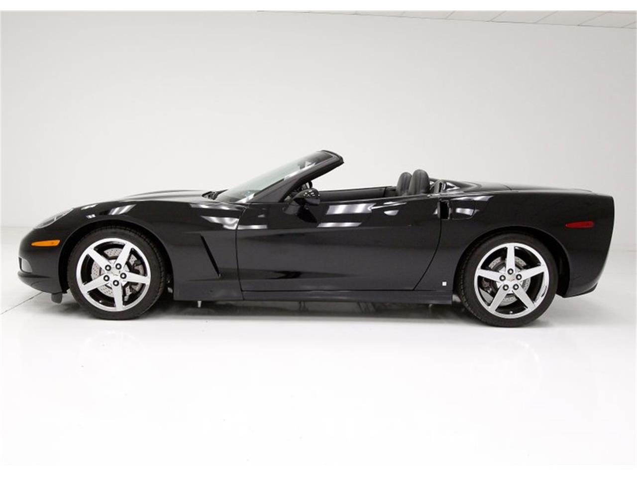 Large Picture of '07 Chevrolet Corvette located in Morgantown Pennsylvania - $29,900.00 - P3IA