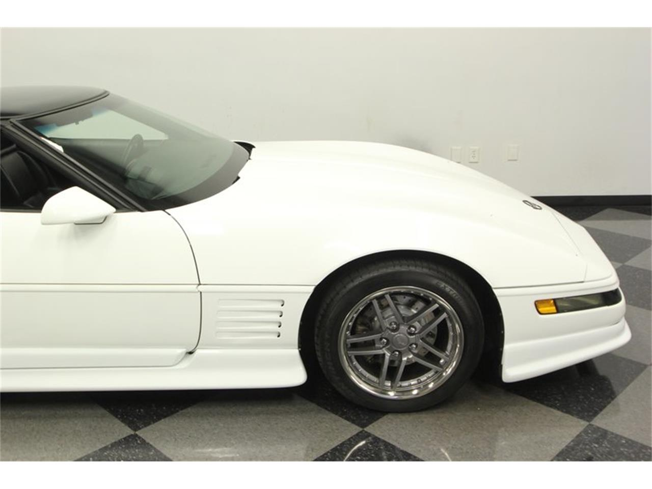 Large Picture of '93 Corvette located in Lutz Florida Offered by Streetside Classics - Tampa - P3IH