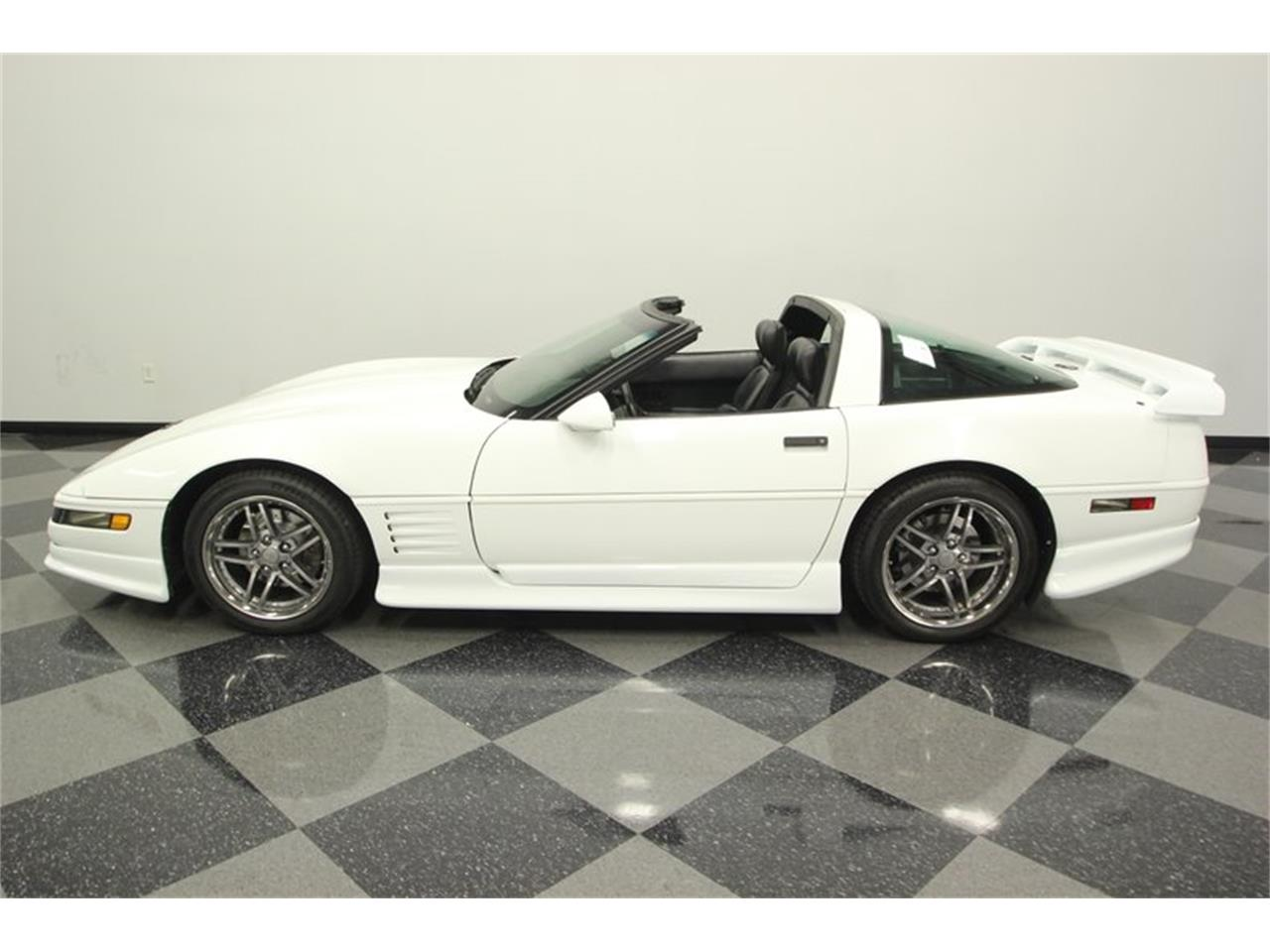 Large Picture of 1993 Chevrolet Corvette located in Lutz Florida - $14,995.00 - P3IH