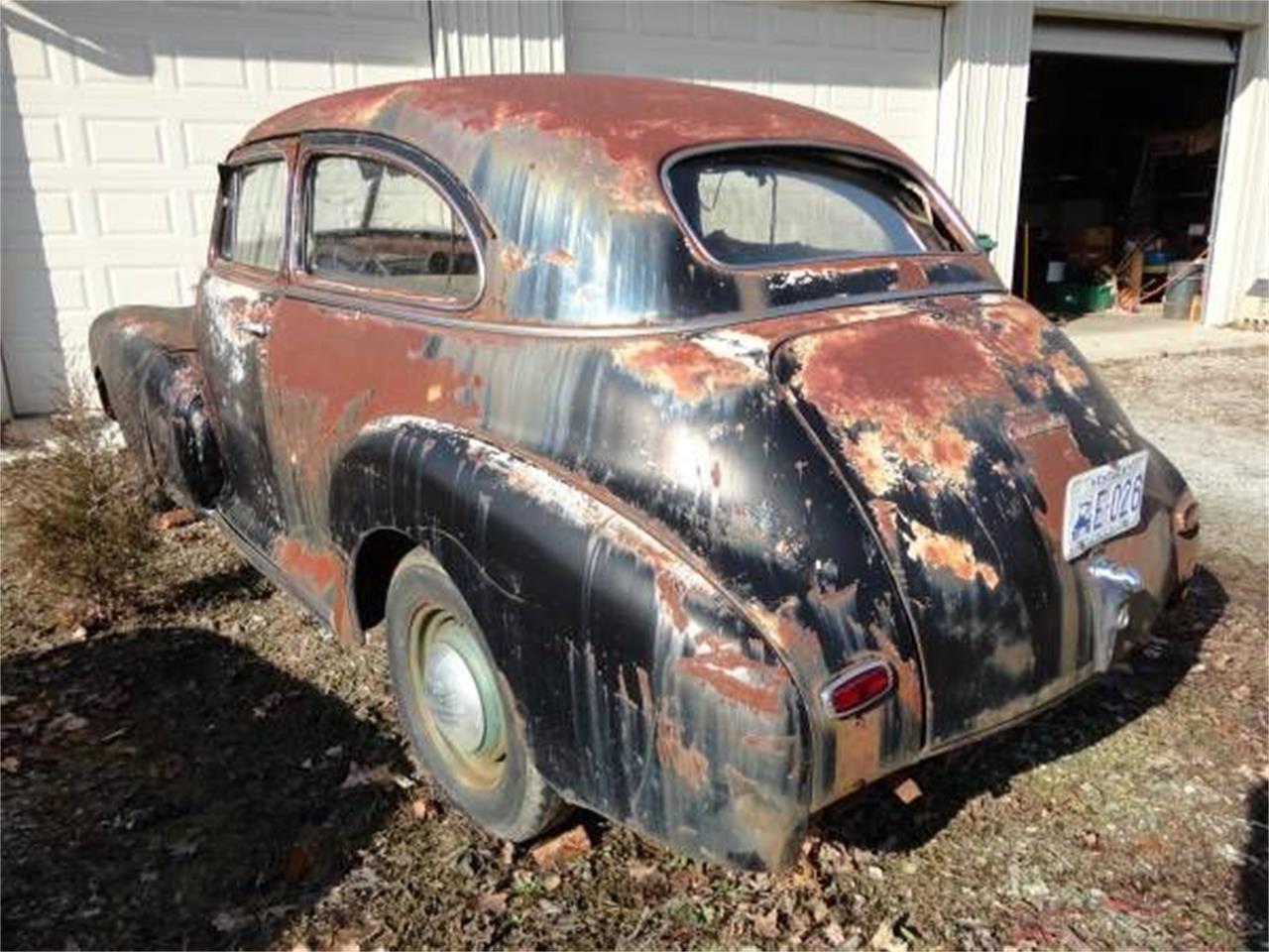 Large Picture of '47 Sedan - PA6B