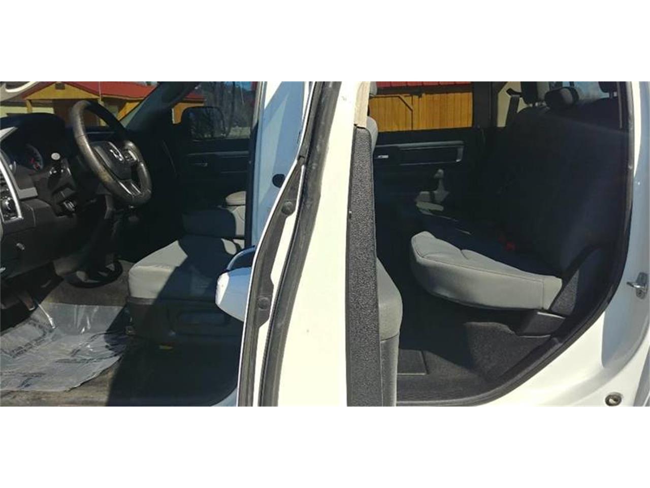 Large Picture of 2013 Dodge Ram 2500 located in Olathe Kansas - PBEK