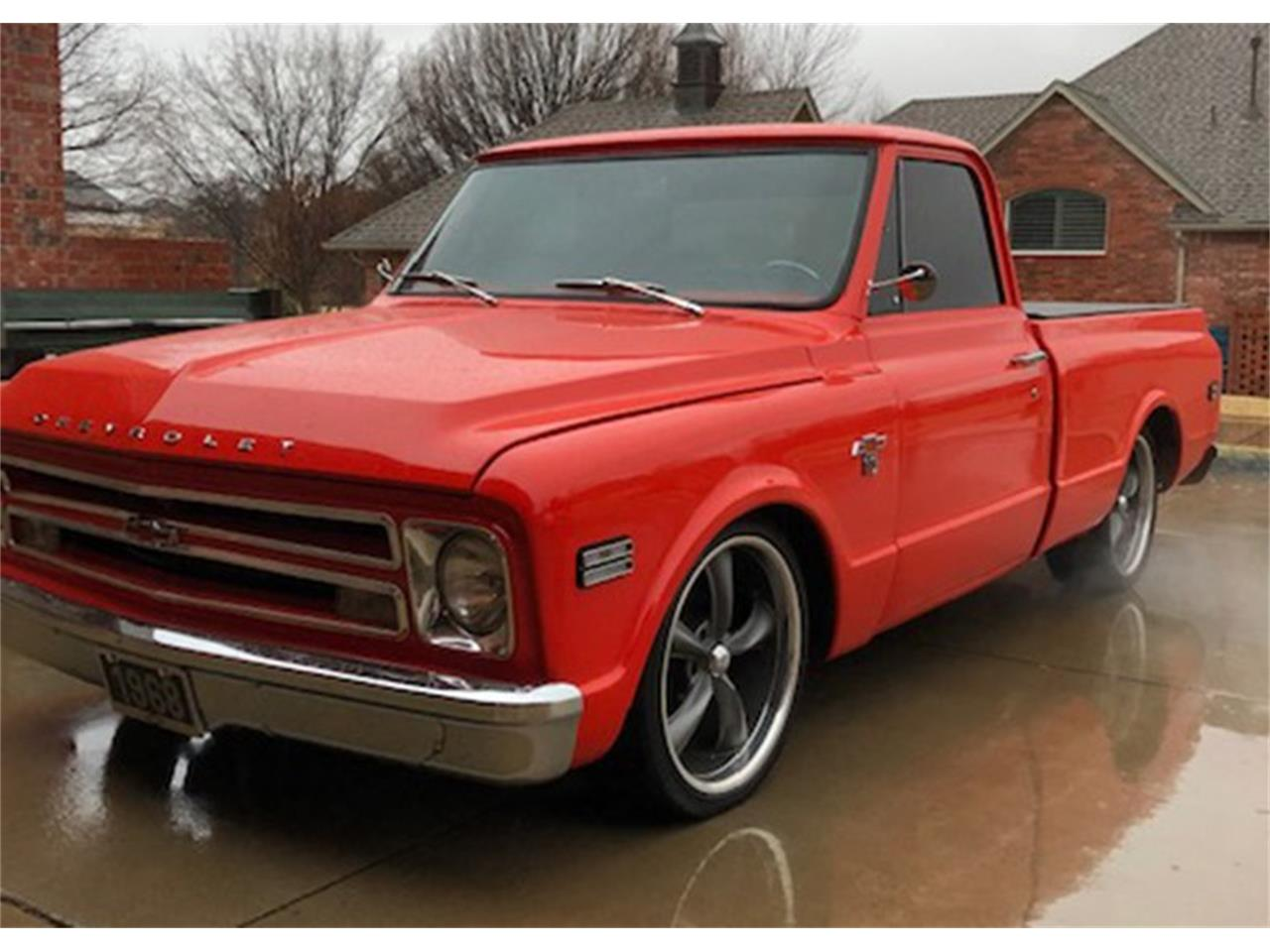 Large Picture of Classic '68 Chevrolet Short Wide Bed Auction Vehicle Offered by Leake Auction Company - PBI4
