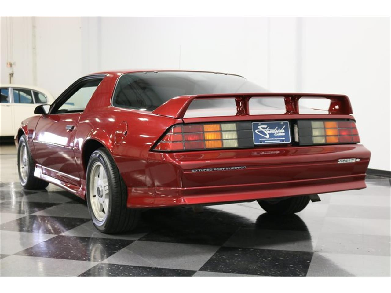Large Picture of '91 Chevrolet Camaro located in Ft Worth Texas - $11,995.00 Offered by Streetside Classics - Dallas / Fort Worth - PBLJ