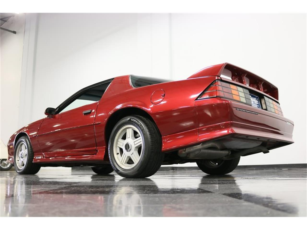 Large Picture of '91 Camaro located in Ft Worth Texas - $11,995.00 Offered by Streetside Classics - Dallas / Fort Worth - PBLJ