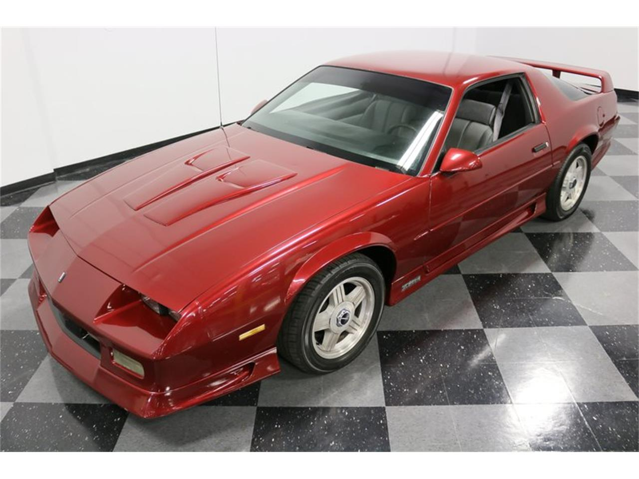 Large Picture of 1991 Chevrolet Camaro located in Texas Offered by Streetside Classics - Dallas / Fort Worth - PBLJ