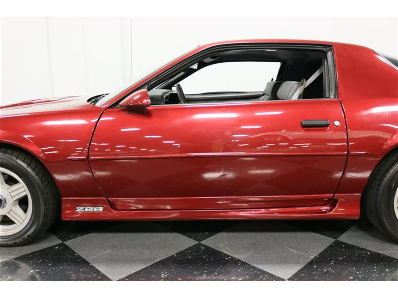 Large Picture of '91 Camaro located in Texas Offered by Streetside Classics - Dallas / Fort Worth - PBLJ