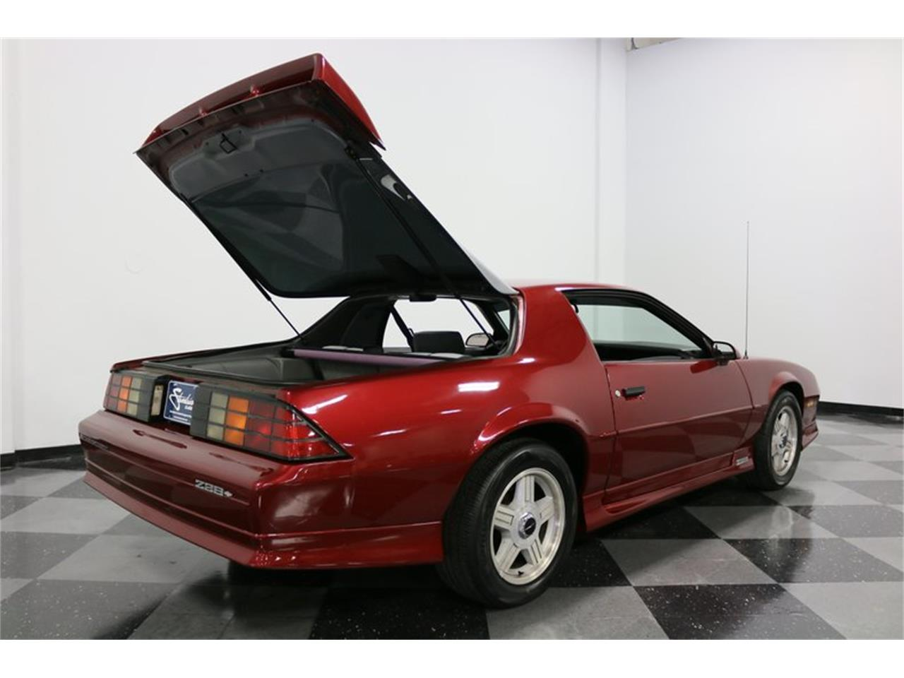 Large Picture of 1991 Chevrolet Camaro - PBLJ