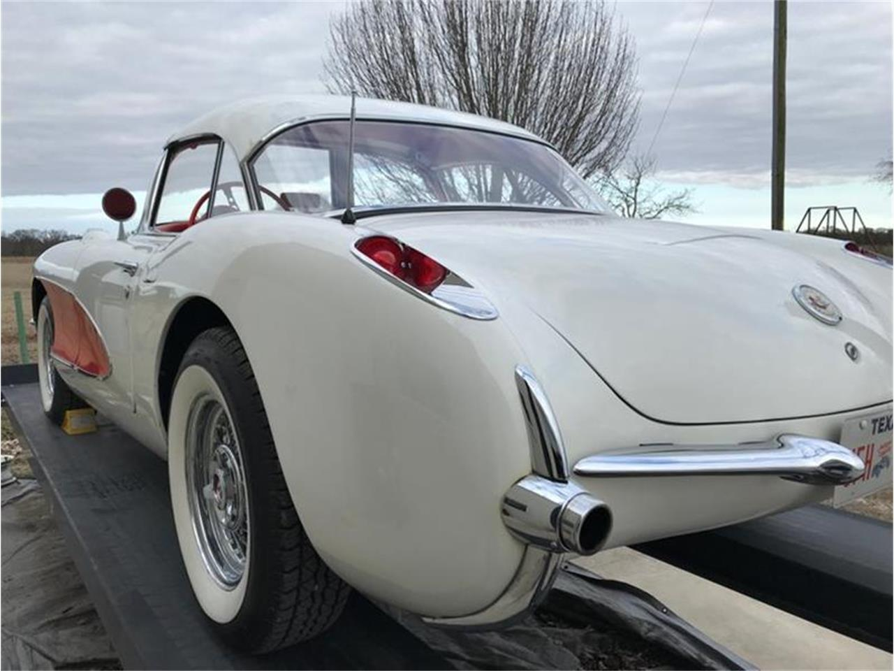 Large Picture of '57 Corvette - PBWG