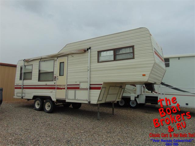 Picture of 1988 Fleetwood Recreational Vehicle located in Arizona - $6,900.00 Offered by  - PC9O